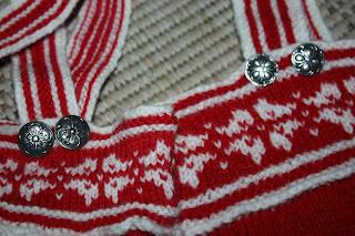 strikket kjole til barn mo i rana