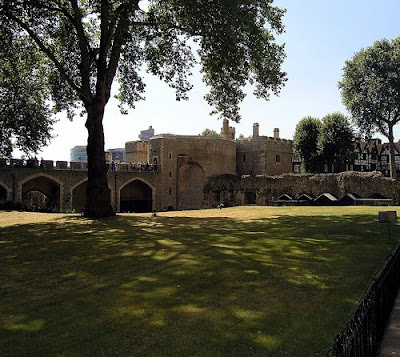 Her Majesty's Palace and Fortress, The Tower of London