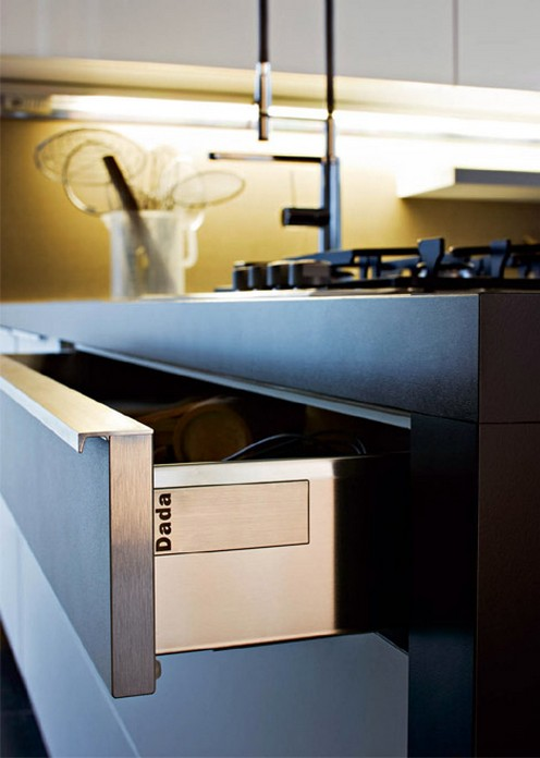 Home design - Cucina moderna oro ...