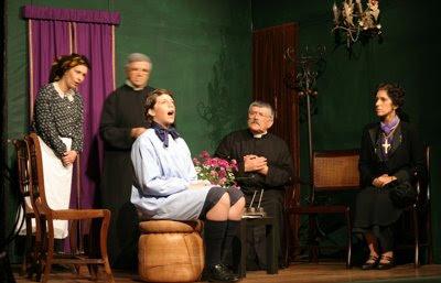 Teatro - A Relíquia - Eça de Queirós