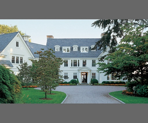Heavenly homes come take a look home and garden repair for Modern colonial home exterior