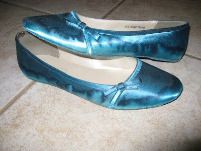 Dyeable Shoes  Weddings on And M Wedding  Review  Dyeable Shoes