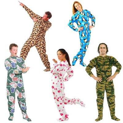 http://1.bp.blogspot.com/_eMx2RVSMwR4/SLCY40-XnnI/AAAAAAAAAhk/j2R_s_I9-o8/s400/Pijamas.jpg