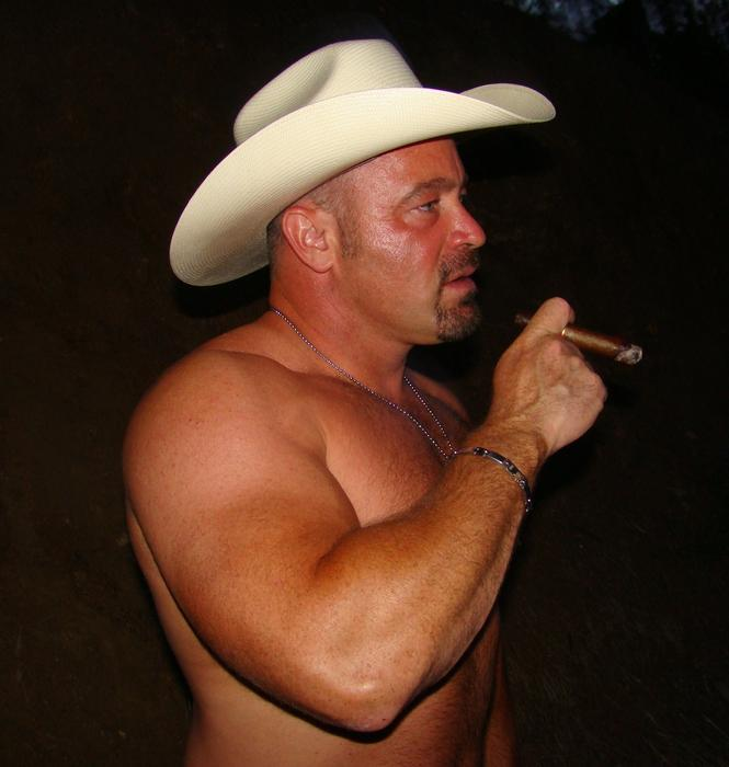 Gay Muscle Love: Cowboys