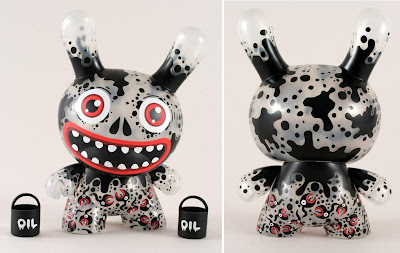 Kidrobot - Oil Edition Oil Slick 8 Inch Dunny by Skwak