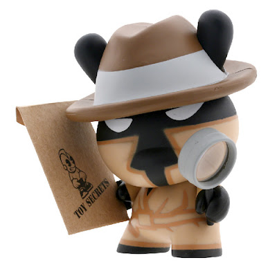Kidrobot - MAD's Secret Agent Series 5 Dunny