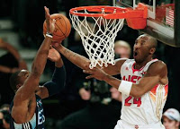 2009 NBA All Star Game - Kobe Bryant Dunking on Dwight Howard