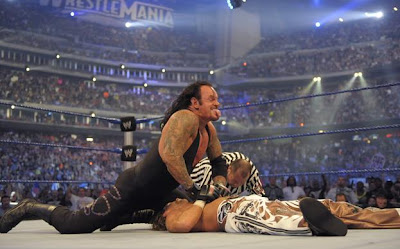 WrestleMania XXV - The Undertaker pins Shawn Michaels, the Heart Break Kid, to go 17-0 and Remain Undefeated at WrestleMania