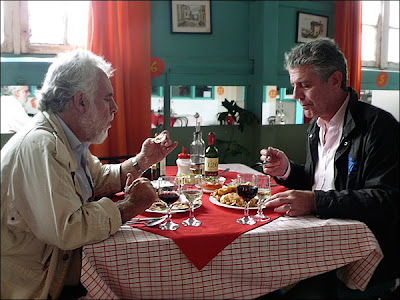 Anthony Bourdain: No Reservations - Chile - Tony and Jorge sit down for a meal at Don Vittorio's seafood restaurant