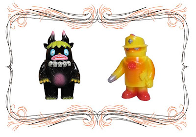 Super7 San Diego Comic-Con 2010 Exclusive Black Garuru by Itokin Park & Yellow Fire Robo by Jeremy Whitaker