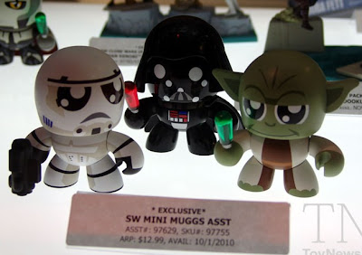 FIRST LOOK: Star Wars Mini Mighty Muggs - Stormtrooper, Darth Vader & Yoda Vinyl Figures