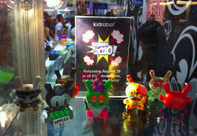 San Diego Comic-Con 2010 Sneak Peek - Kidrobot Dunny Series 2010