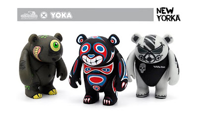 adFunture - New York Comic-Con 2010 Exclusive Yoka Vinyl Figures by Motorbot, Reactor88 & PHU!