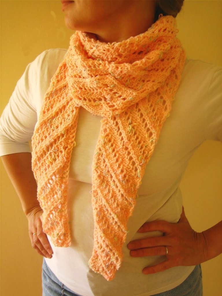Diagonal Knit Scarf Pattern : All Knitted Lace: Diagonal Lace Baktus
