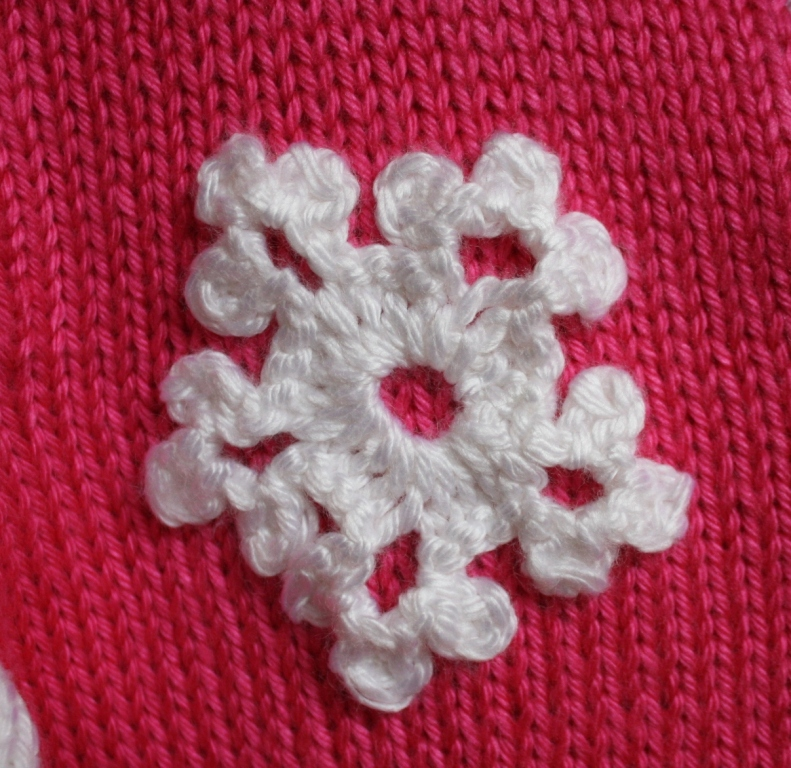 All Knitted Lace: Let it snow: knitted snowflake