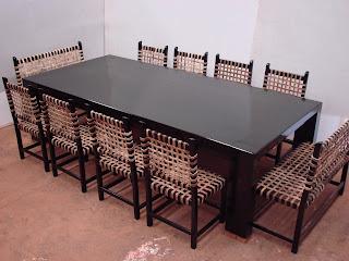 Forestal quebracho madera y muebles de dise o en for Mesas de comedor para 12 personas