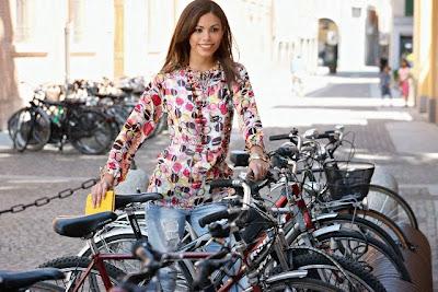 Italian Fashion Blog on Paola Davoli Fashion Blog In Italy  Carpi Italy A Fashion Town