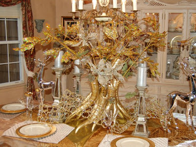 Beautiful Habitat Setting Your Holiday Table