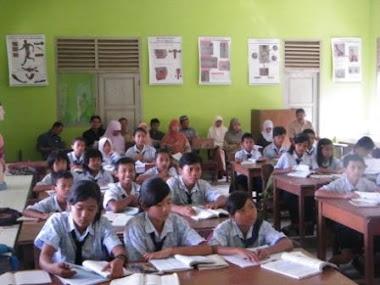 Siswa Belajar Guru pun Belajar