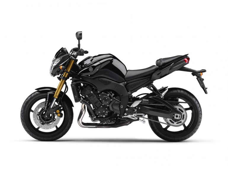 Yamaha Introduces FZ8 and Fazer8 Side View
