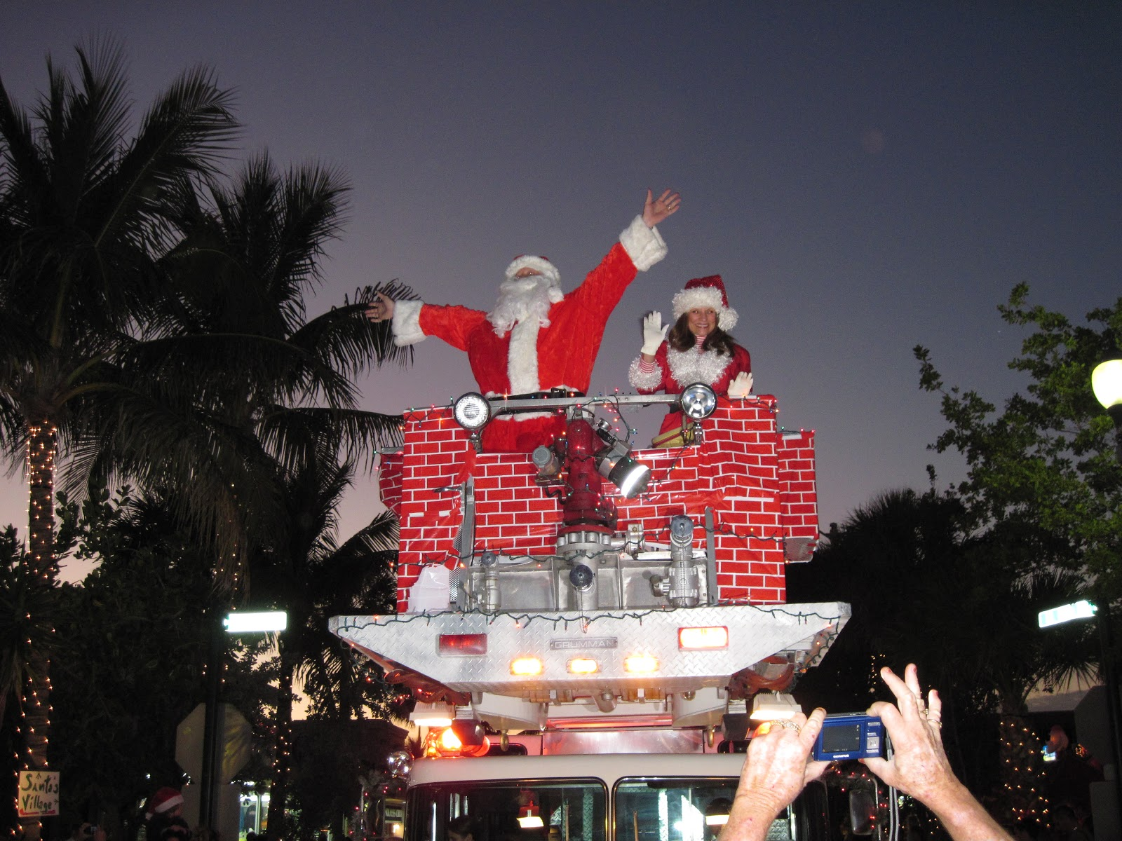 Christmas by the Sea at Lauderdale by the Sea