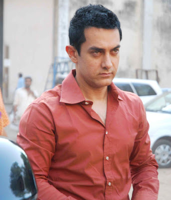 amir khan wallpapers. Aamir Khan Hot Scene,