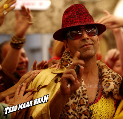 Latest-Akshay-Kumar-Wallpapers-Pics-Scenes-2011