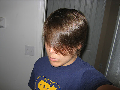 Popular Emo Fashion Hairstyle Pictures for Boys