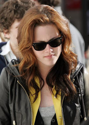 Kristen Stewart Gorgeous Long Hair with Highlight