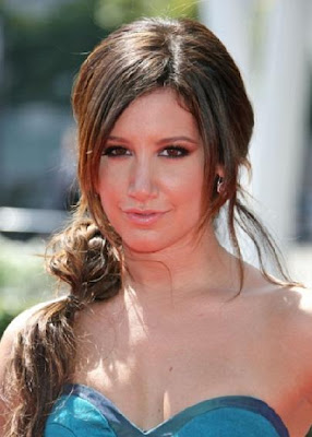 Ashley Tisdale fashion dresses and hairstyles – the next style icon