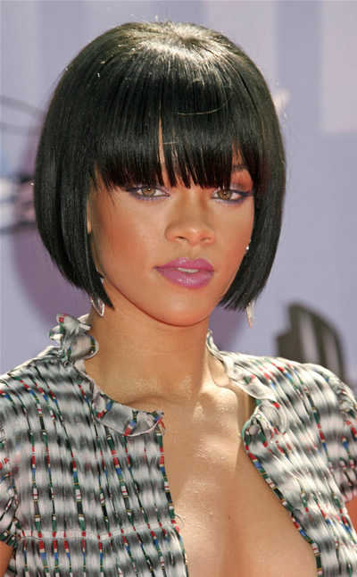 pics of rihanna hairstyles. rihanna haircuts long. it