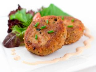 lee1 - ~ fish cakes with salsa ~