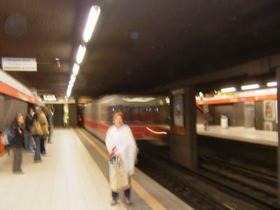 trem chegando na estação