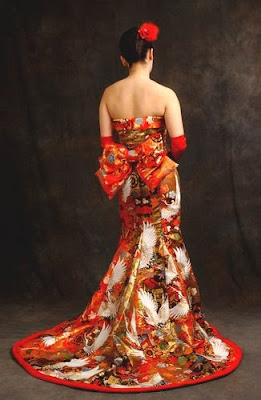 Kimonos wedding dress