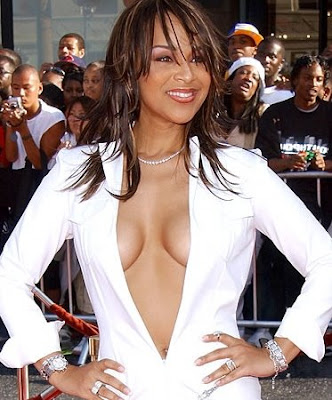Lisa Raye - LisaRaye McCoy showing cleavage