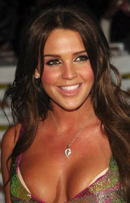 Danielle Lloyd cleavage
