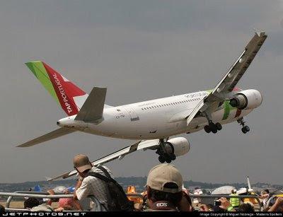 11 settembre, dubbi o certezze? Airbus+a310+tap+portogallo+evora+20070915+gear+2