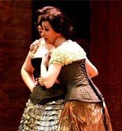 Cecilia Lavilla interpreta Frasquita (Carmen) en el Auditorio de Murcia