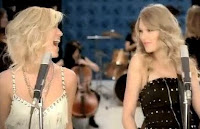 Taylor Swift and Kellie Pickler on stage together