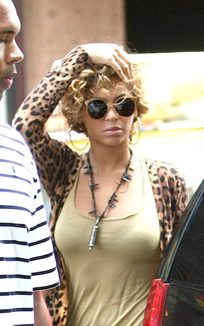 Beyonce Spotted In NYC + Her & Jay-Z Hang With A-Rod & Cameron Diaz