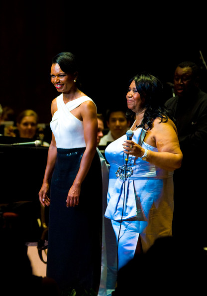 Aretha Franklin And Condoleeza Rice Duet In Philly!
