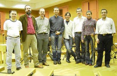 César Camarero (segundo por la izquierda) con Taller Sonoro