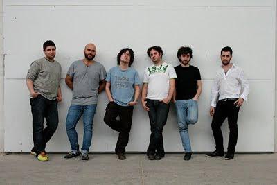 Forma Antiqva (de izquierda a derecha, Aarón Zapico, Xavier Sábata, Enrike Solinís, Rami Alqhai, Pablo Zapico y Daniel Zapico (© Stefan Winter)