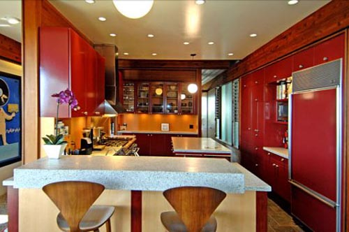 love red kitchens i don 39 t really like red but i do adore red