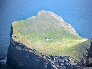 Iceland retreat - a tiny house on a less tiny island
