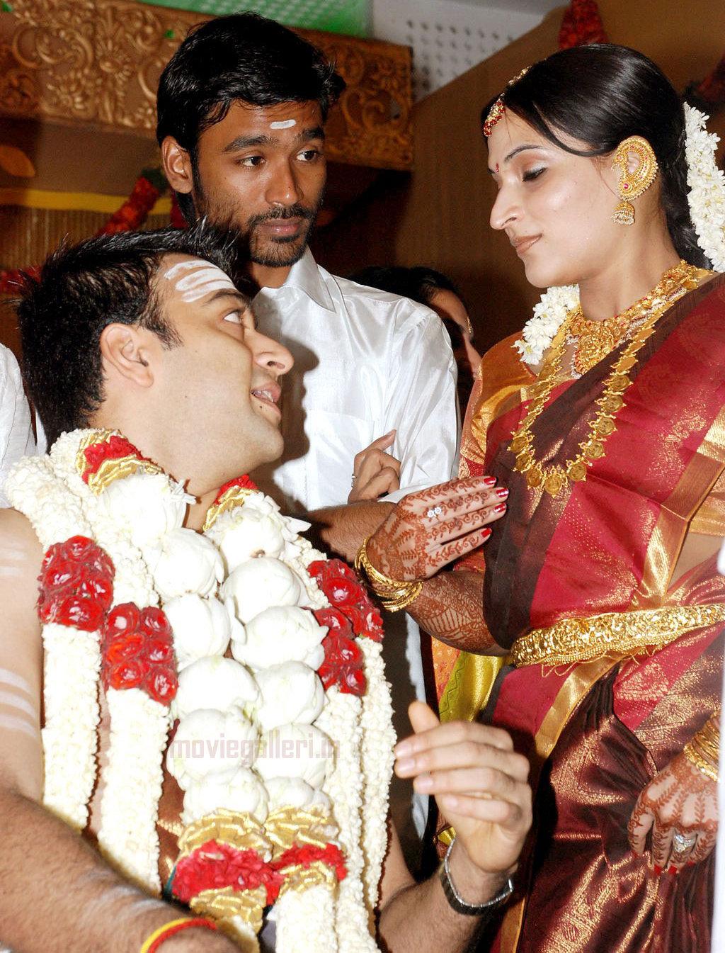Dhanush and aishwarya wedding