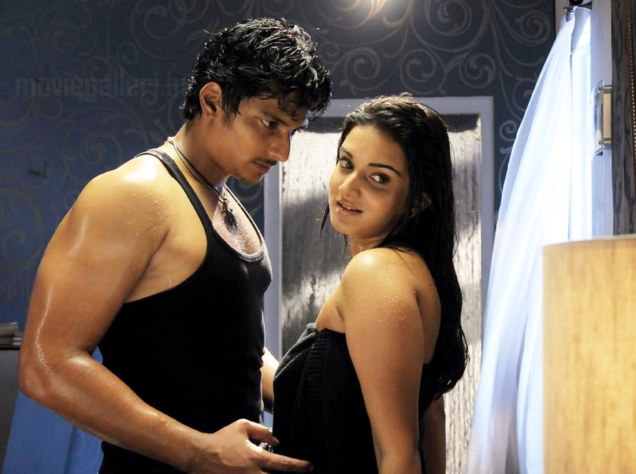 Singam Puli Movie Hot Stills Singam Puli Hot Stills