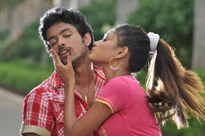oviya harish in muthuku muthaga movie stills