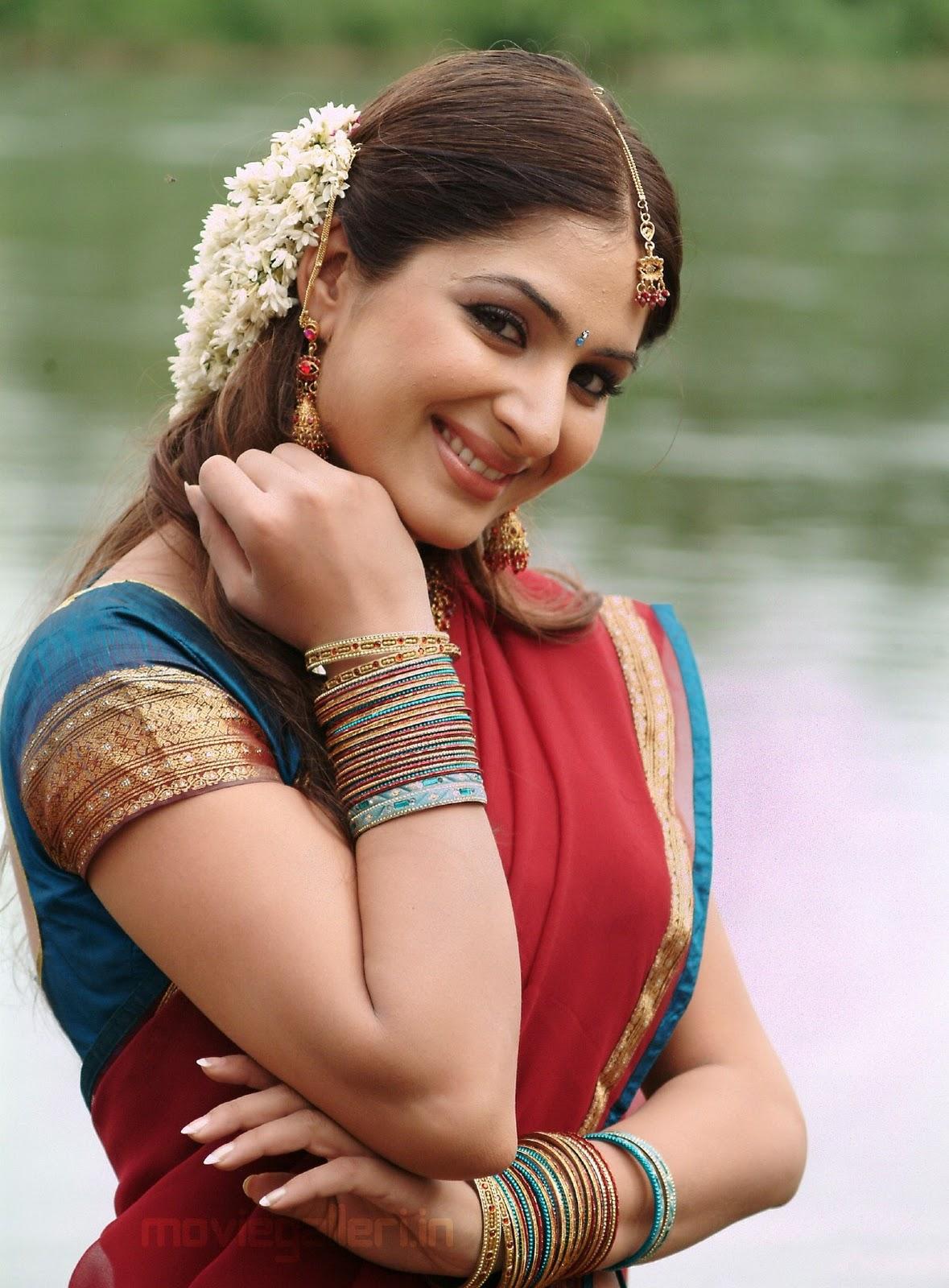 gowri munjal hot in saree pics gowri munjal half saree stills | new