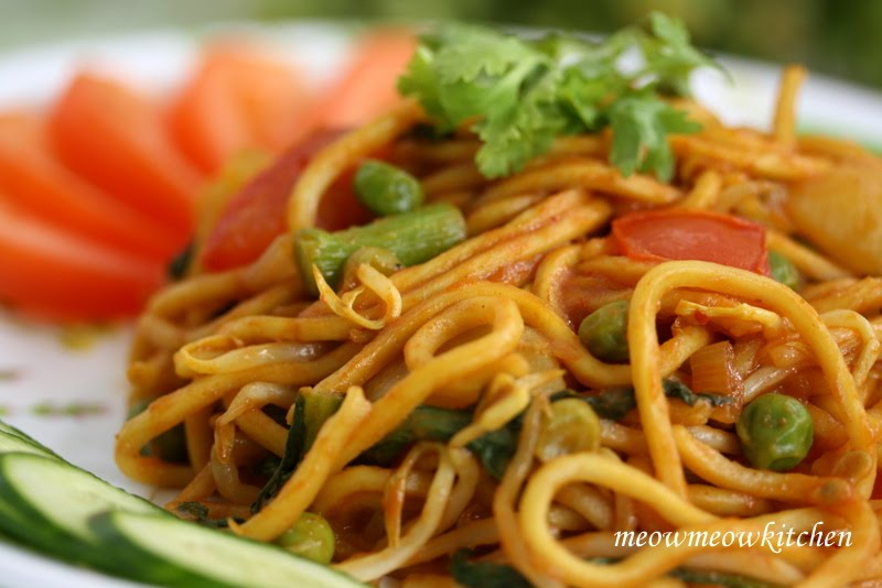 how to make yellow mee